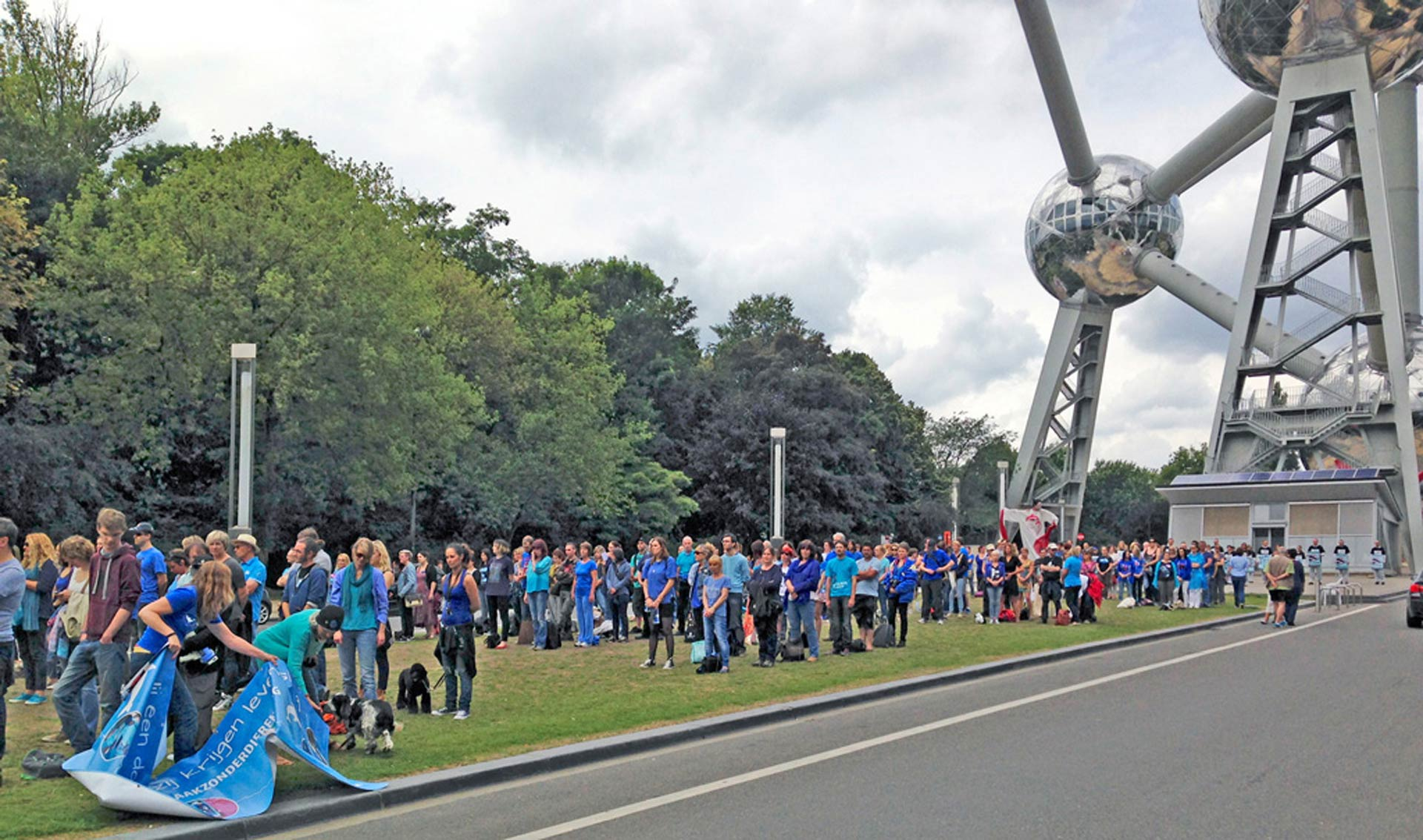 Protestors from all over Europe gather to deliver the message, 'Close Europe's Dolphinaria'. Photo: Sasha Abdolmajid