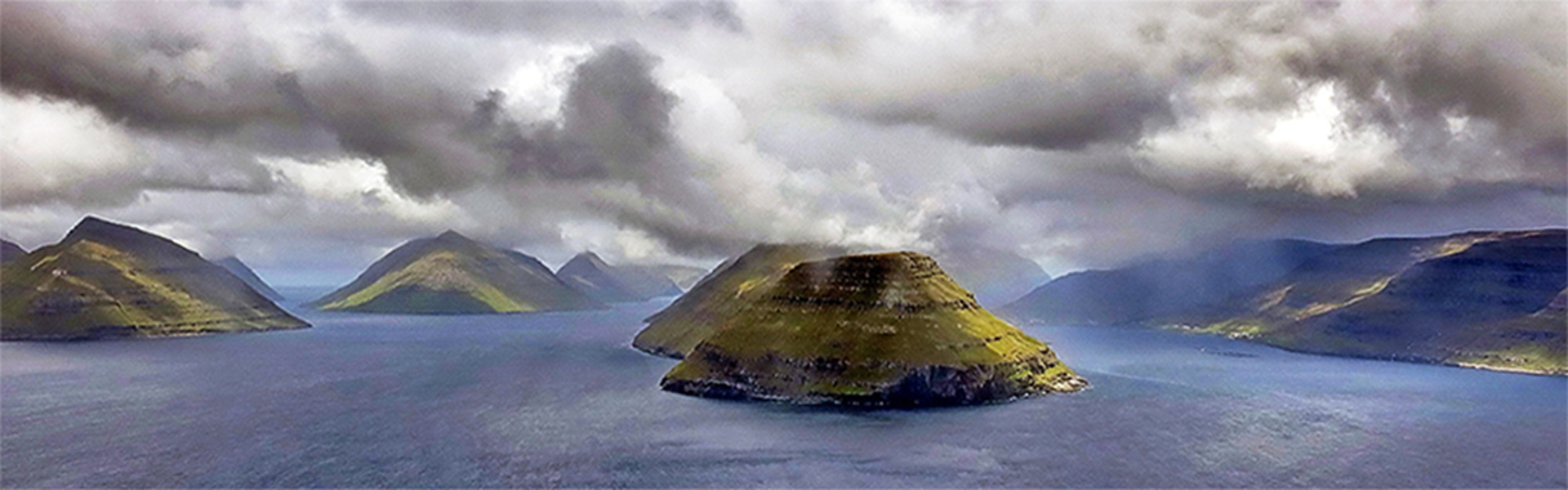 Impression of the stunning Faroe Islands taken from a helicopter, August 2014. Photo: Ingi Sørensen